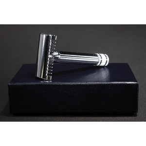 Fatip Grande Double Edge Safety Razor Open Comb - Chrome